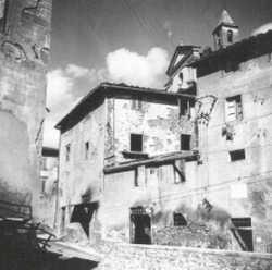Castelnuovo dei Sabbioni nel 1945