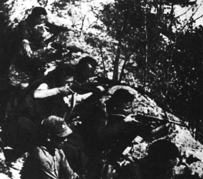 archivio-iconografico-del-verrbano-cusio-ossola-battaglia-di-megolo-13-febbraio-1944-cortavolo-beltrami-vermicelli-partigiani-in-azione-generica